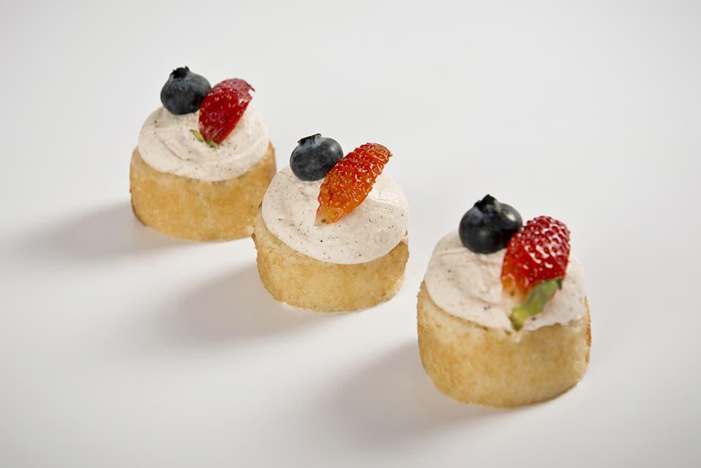 Receta de Mini pasteles de Crema con Trufa y Canela